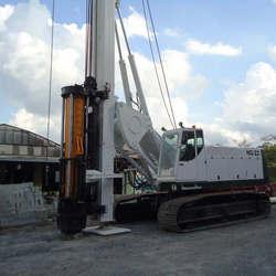 Locação de martelo hidráulico em sp